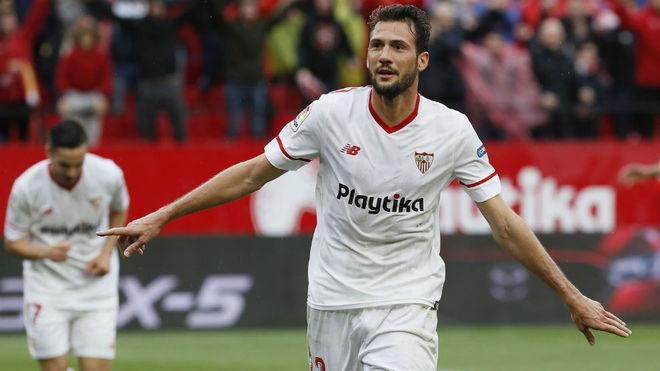Franco Vázquez celebra su gol al Athletic.