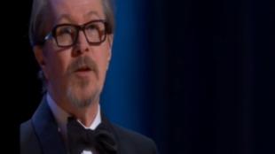 Gary Oldman se hace con el Oscar por su papel en 'El instante...