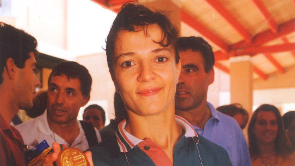 Miriam Blasco con su medalla en los Juegos de Barcelona '92.