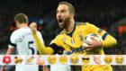 Higuaín celebra su gol al Tottenham
