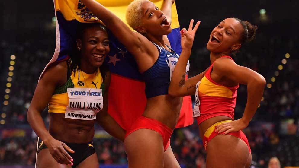 Kimberly Williams, Yulimar Rojas y Ana Peleteiro