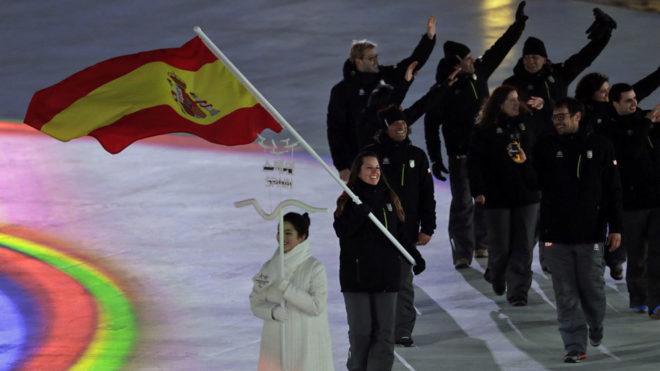Astrid Fina, abanderando al equipo español