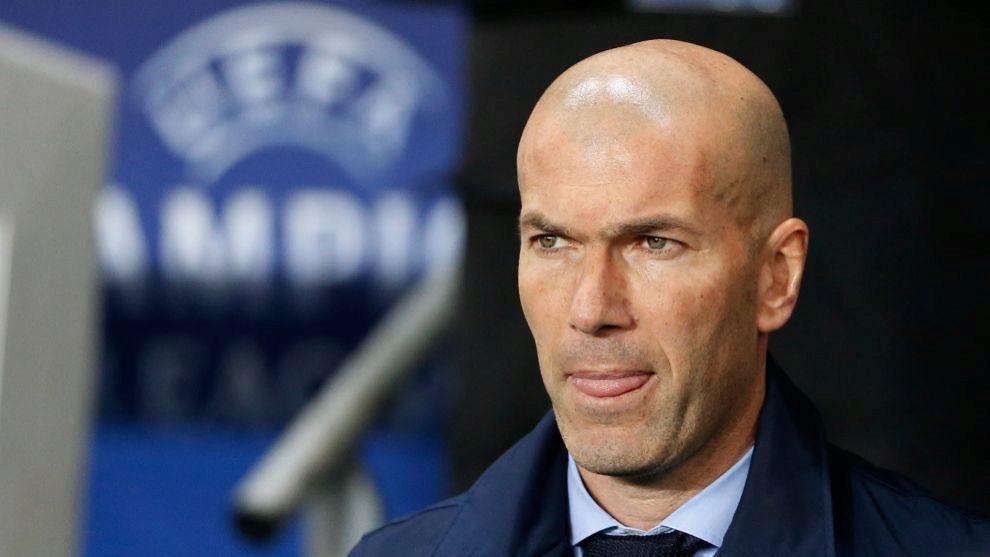 Zinedine Zidane durante el último encuentro del Real Madrid ante el...