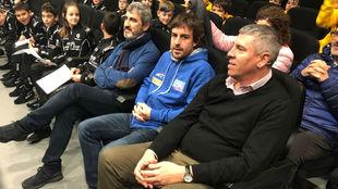 Fernando Alonso junto a José Vicente de los Mozos y Jesús Presa.