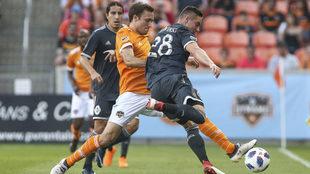 Efraín Juárez lleva dos encuentros como titular en la MLS