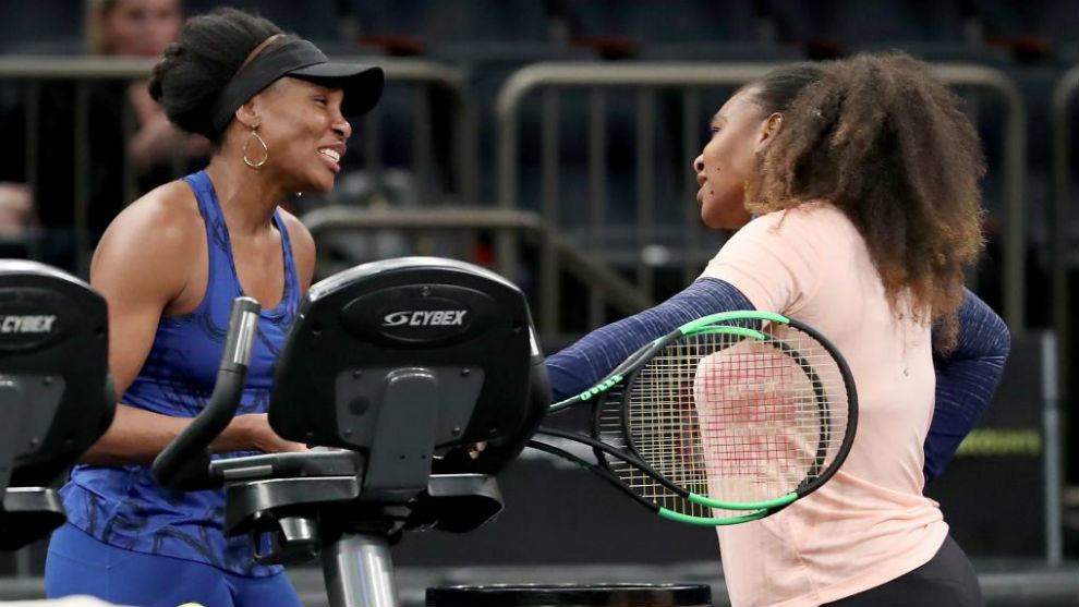 Las hermanas Williams, antes de empezar un partido