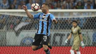 Arthur, en la final de la Libertadores.