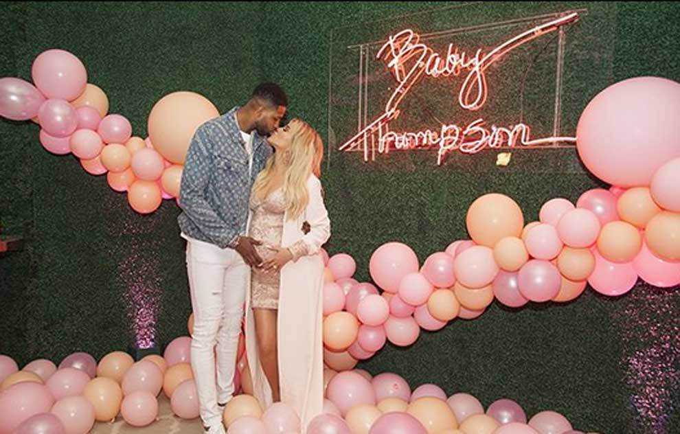 Khloé Kardashian y Tristan Thompson, jugador de los Cleveland...