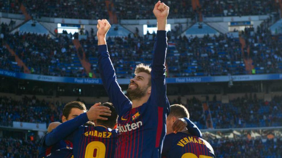Gerard Piqué celebra un gol.