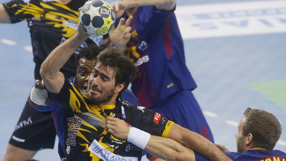 Sebas Simonet durante el partido entre el Barcelona y el Ademar
