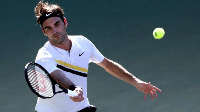 Roger Federer en el partido de segunda ronda ante el argentino...