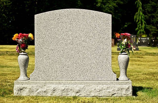 Lápida para escribir tu epitafio con tu último tuit