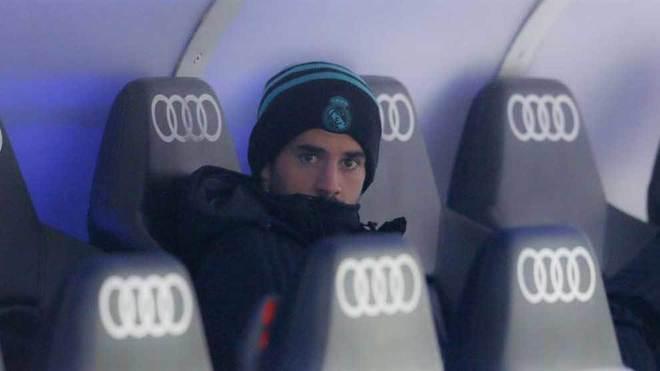 Isco, en el banquillo del Real Madrid.
