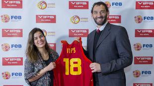 María Jesús García, directora general de VIPS, y Jorge Garbajosa,...