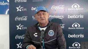Enrique Meza, en conferencia de prensa