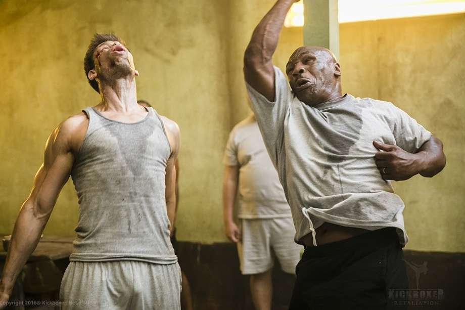 Mike Tyson en la película Kickboxer: Retaliation