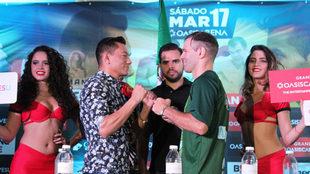 Mijares y Saucedo chocan los puños en la presentación de su pelea
