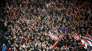 La afición del Athletic en un momento de la temporada