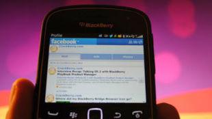 BlackBerry pretende una orden judicial que fuerce a Facebook a cerrar...