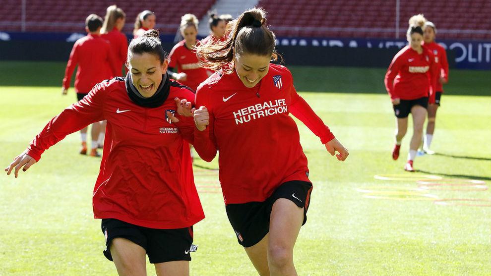Las jugadoras del Atlético de Madrid durante un entrenamiento en el...