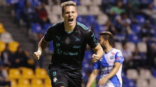 Furch le dio tres puntos más a Santos