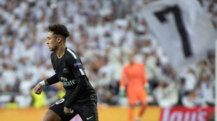 Neymar, en el partido de Champions disputado en el Bernabéu.
