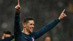 Torres celebra uno de sus goles ante el Lokomotiv.