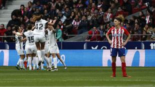 Las jugadoras del Madrid CFF celebran un gol en el Metropolitano.