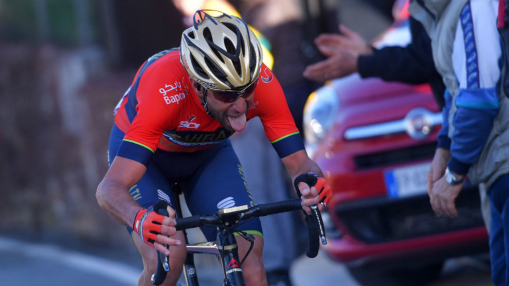 Vincenzo Nibali durante su actuación magistral en la Milán-San Remo.