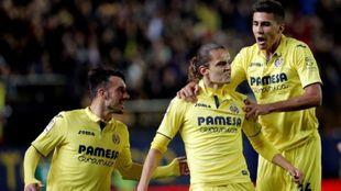 Jugadores del Villarreal celebrando un gol