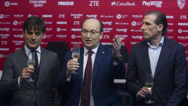Montella, José Castro y Óscar Arias.