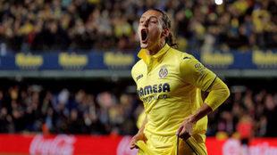 Unal celebra uno de sus goles ante el Atlético