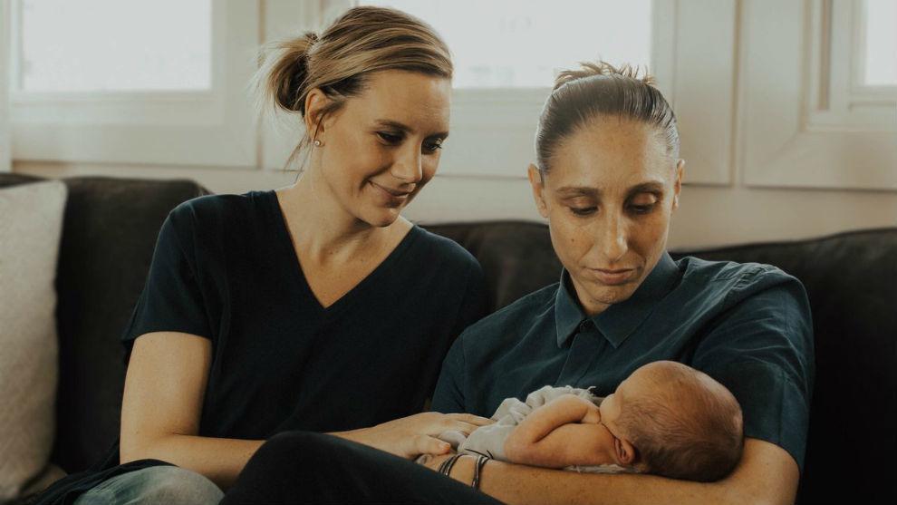 Penny Taylor y Diana Taurasi, con su hijo Leo Michael.