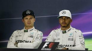 Nico Rosberg y Lewis Hamilton.