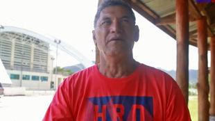 Fuimaono Titimaea Tafua, entrenador de Samoa, en la entrevista con...