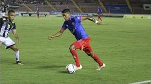 Luis Fraiz, en un partido con el Plaza Amador.