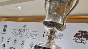El trofeo para el ganador del abierto.