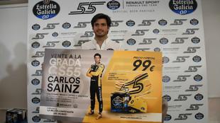 Carlos Sainz, durante la presentación de su grada CS55