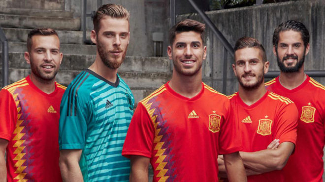 75b79f9f8884b Selección de España  La selección hace oficiales los dorsales para ...