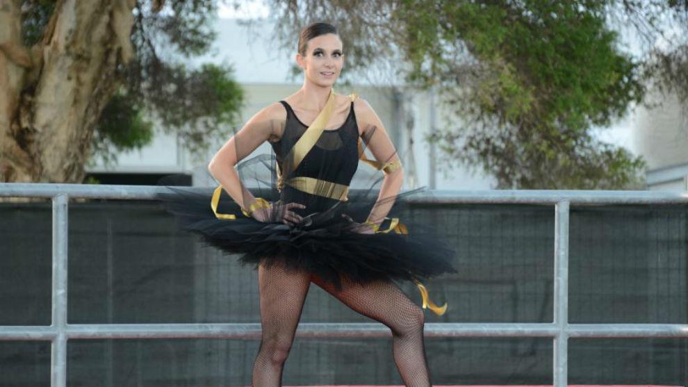 Una bailarina, en el circuito de Melbourne.