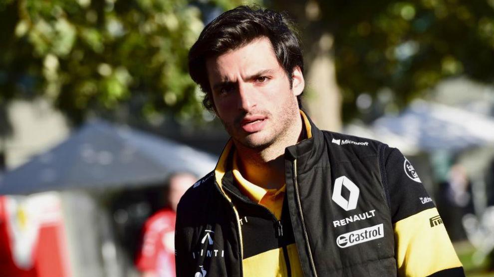 Sainz entra en el circuito de Albert Park