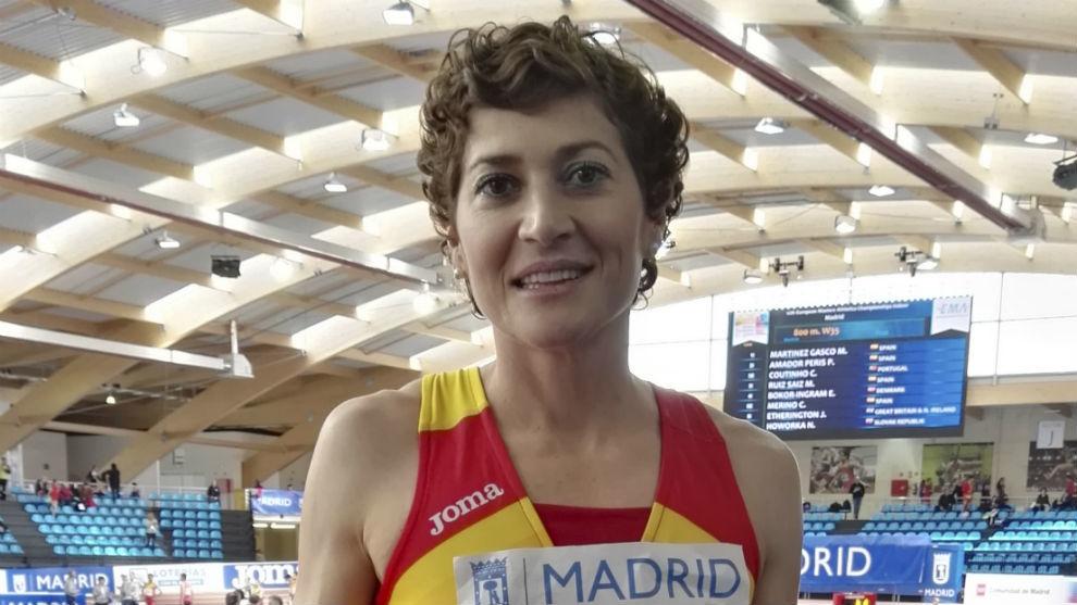 Mayte Martínez posando en la pista madrileña de Gallur.