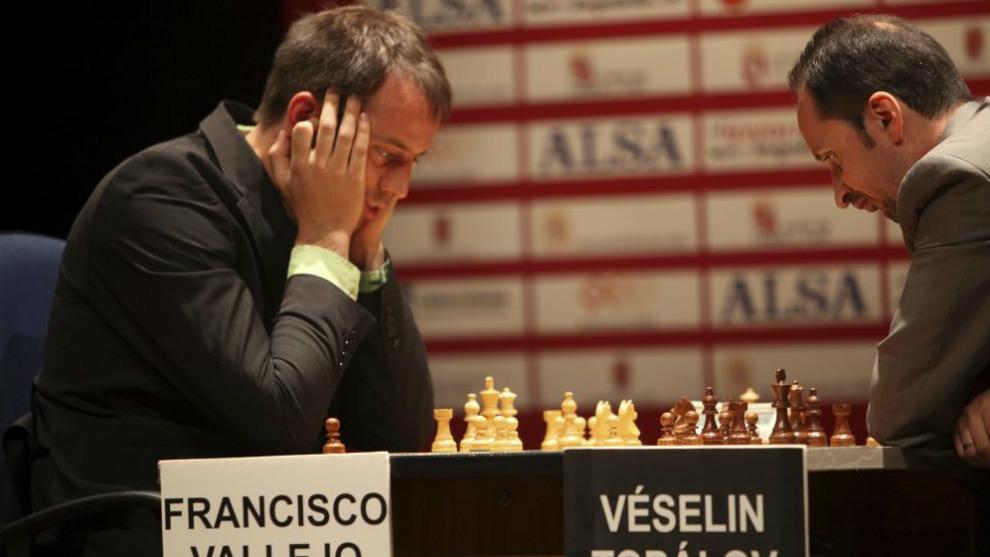 Vallejo, durante una partida ante Topalov