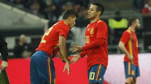 Thiago da el testigo a Rodrigo.