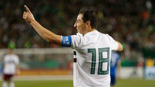 Guardado, en el triunfo de México ante Islandia.