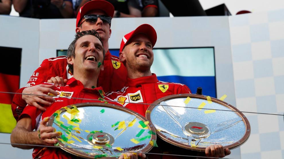 Iñaki Rueda, junto a Vettel y Raikkonen hoy en el podio de Melbourne