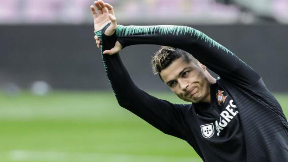 Cristiano, en el entrenamiento de ayer de Portugal.