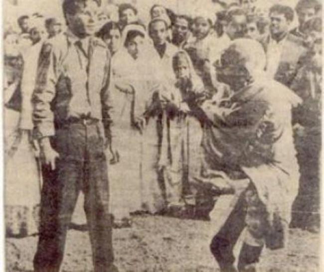 Mahatma Gandhi, 78 ans.  Philosophe de la non-violence, il est mort après que Nathuram Godse lui ait tiré une balle dans la poitrine alors qu'il se rendait à une réunion pour prier.