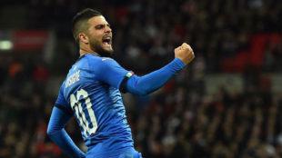 Insigne celebra su gol a Inglaterra.