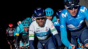 Marc Soler (d) y Valverde en la Volta a Catalunya.
